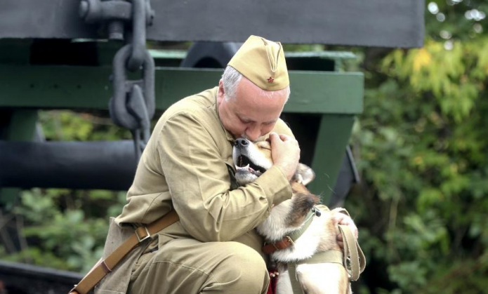 Боец и собака